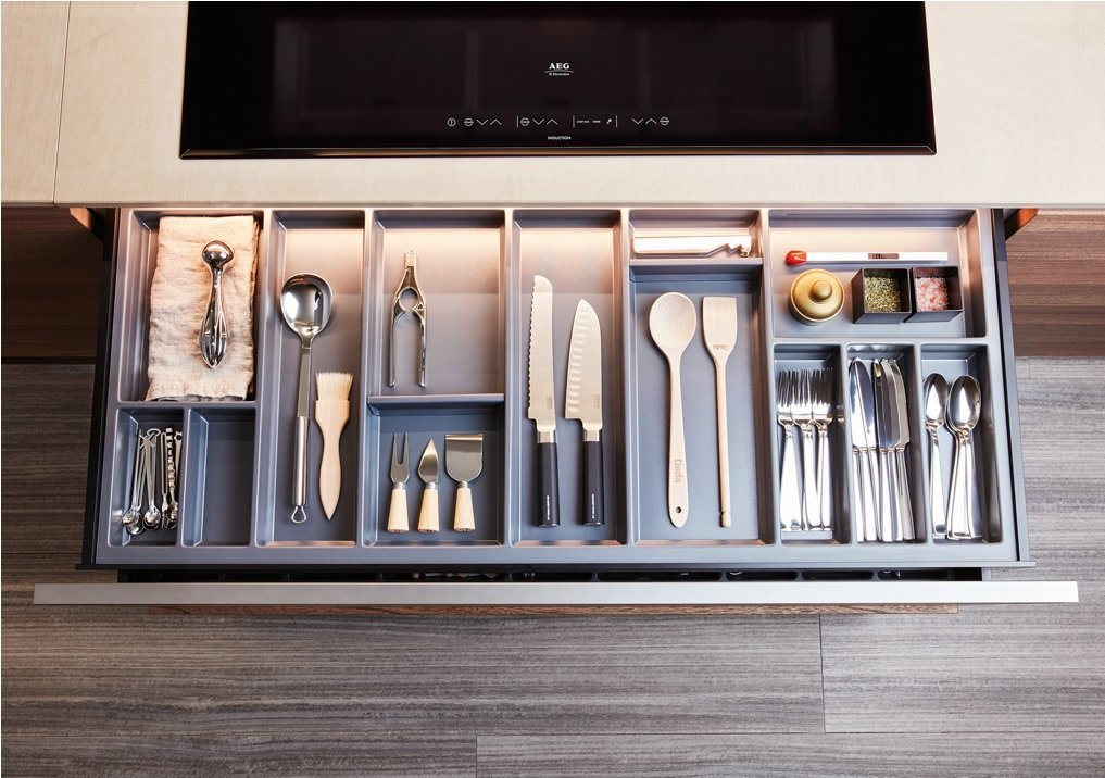 Organizzare cassetti cucina
