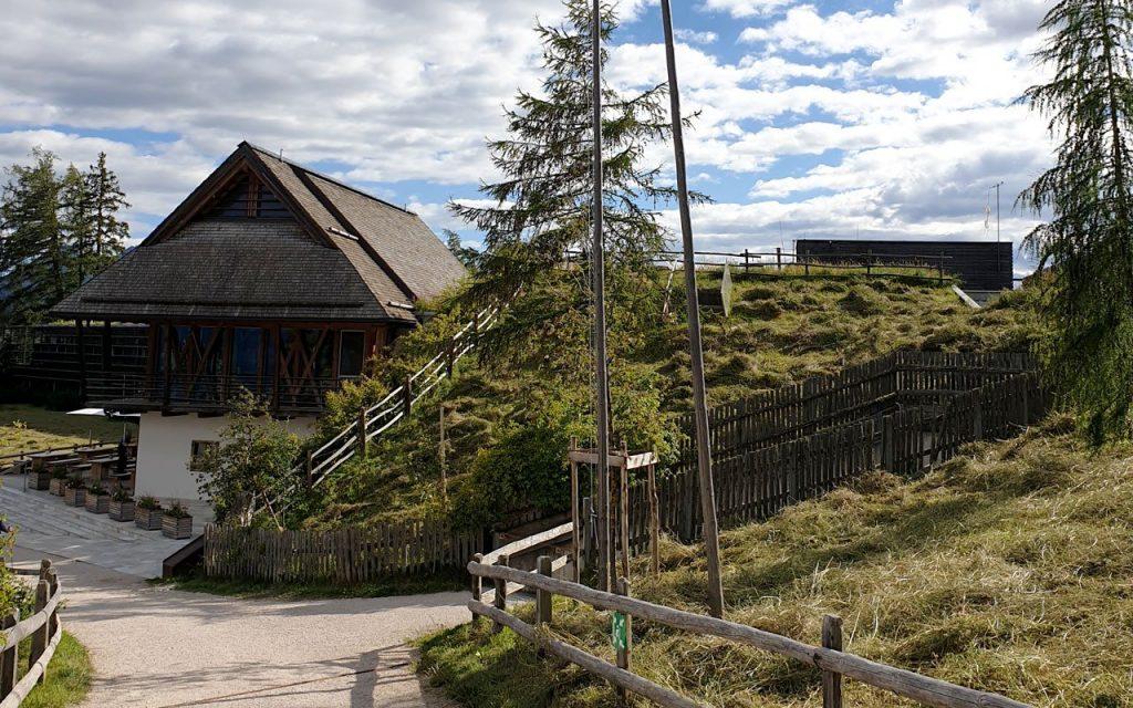 Visita al Vigilius Mountain Resort, sorprendente hotel Boutique di montagna