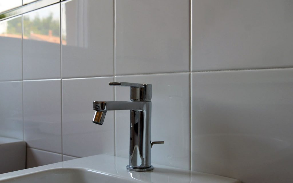 Scegliere i rubinetti per il bagno perfetti   Storia del Cantiere B12