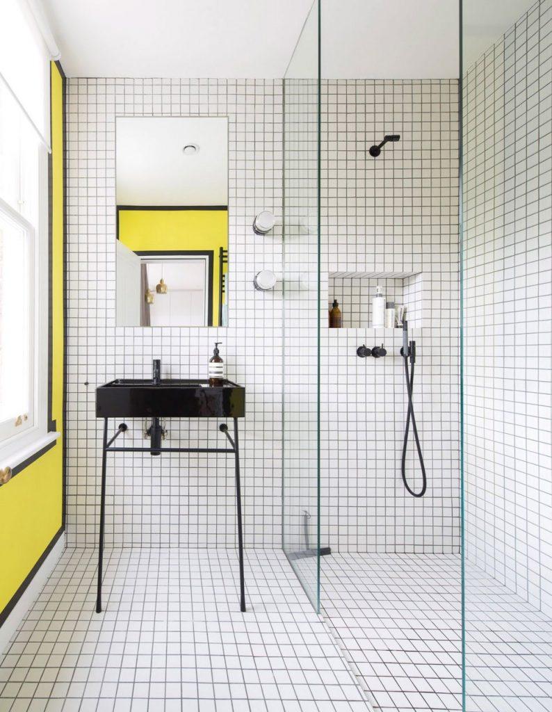 Piatti doccia a confronto: alto, a filo pavimento o flat?